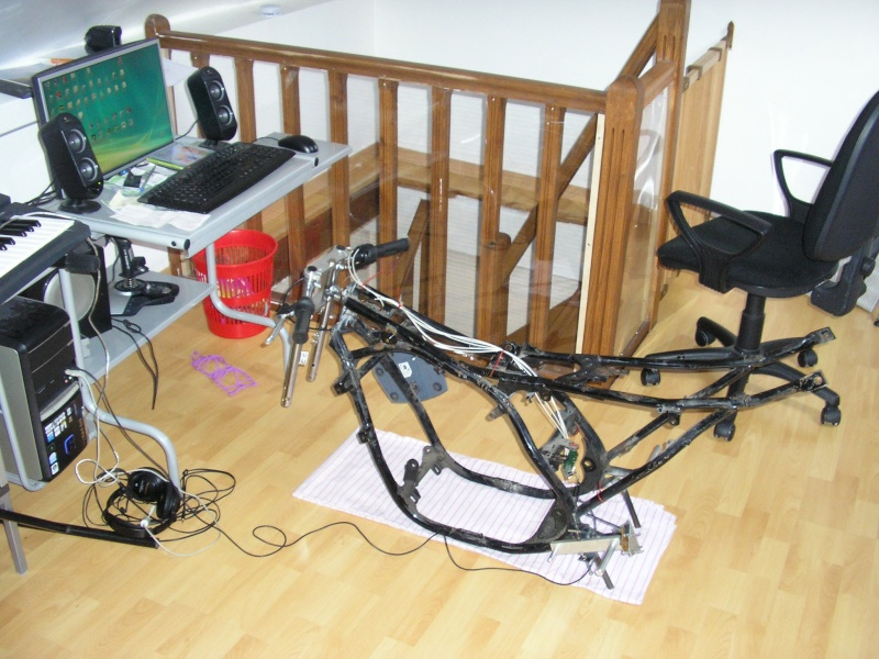 racingfr fabrication simulateur dynamique 2dof ms x r. Black Bedroom Furniture Sets. Home Design Ideas