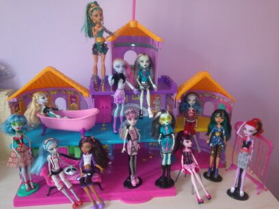 lyc e monster high pas cher. Black Bedroom Furniture Sets. Home Design Ideas