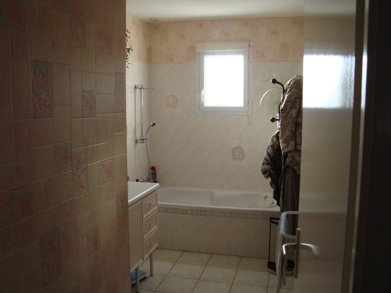 Faience salle de bain couleur meilleures id es cr atives pour la conception de la maison for Quelle couleur pour salle de bain