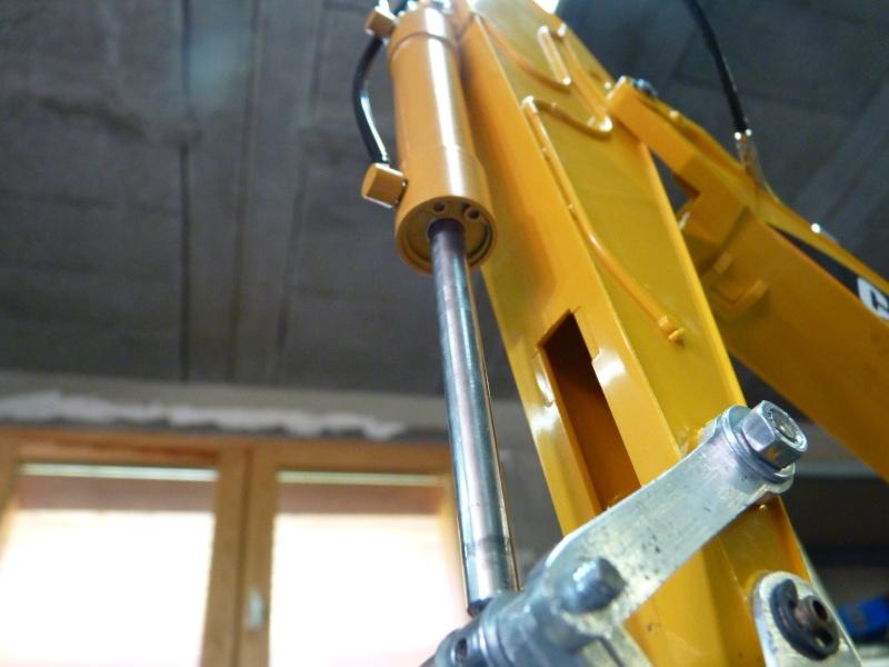 bras hydraulique bruder