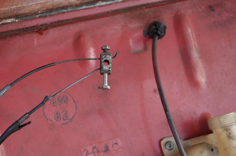 old timer garage vous aimez les voitures anciennes vous aimeriez en avoir une mais ce n 39 est. Black Bedroom Furniture Sets. Home Design Ideas
