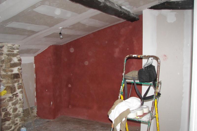 besoin d 39 aide pour peinture d 39 une chambre mansard e. Black Bedroom Furniture Sets. Home Design Ideas