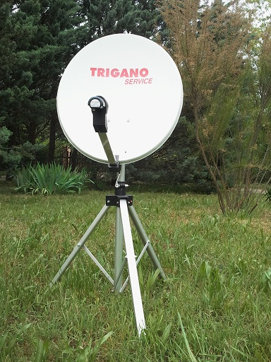 Antenne satellite d port e trigano sur tr pied vendu for Regler son antenne satellite