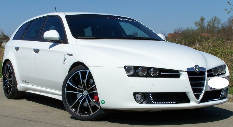 alfa romeo 159 sw 2 4 jtdm 210ch 155kw q4 ti blanche. Black Bedroom Furniture Sets. Home Design Ideas